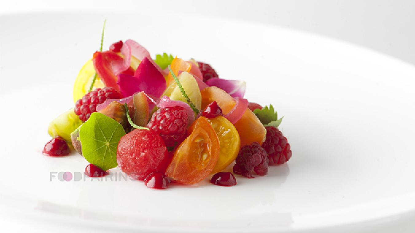 Salade fraicheur framboise - tomate - fromage frais