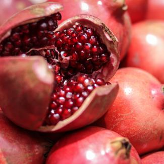 Pomegranate (Tropical fruits)