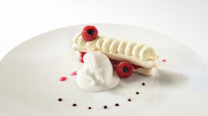 Caramelized meringue, raspberry paste, chantilly & lychee sorbet, pinch of raspberry salt