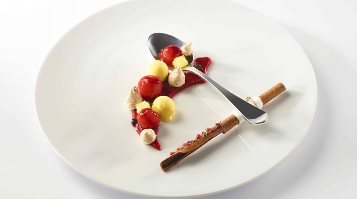 Saffron strawberry pearls and spices