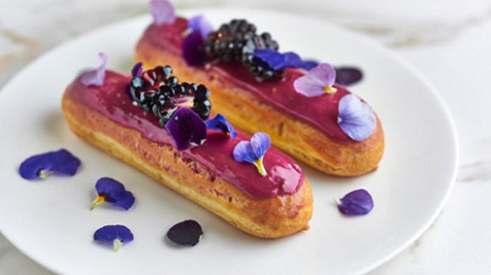Blackberry Eclair