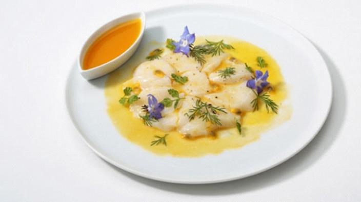 Scallop carpaccio with passion fruit